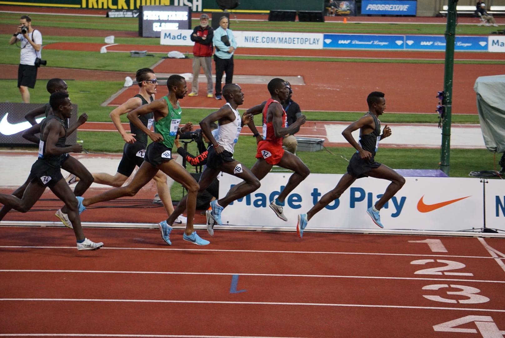 Men's Race on a Track